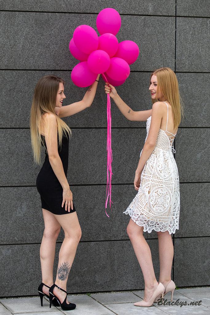 Sara & Nadine